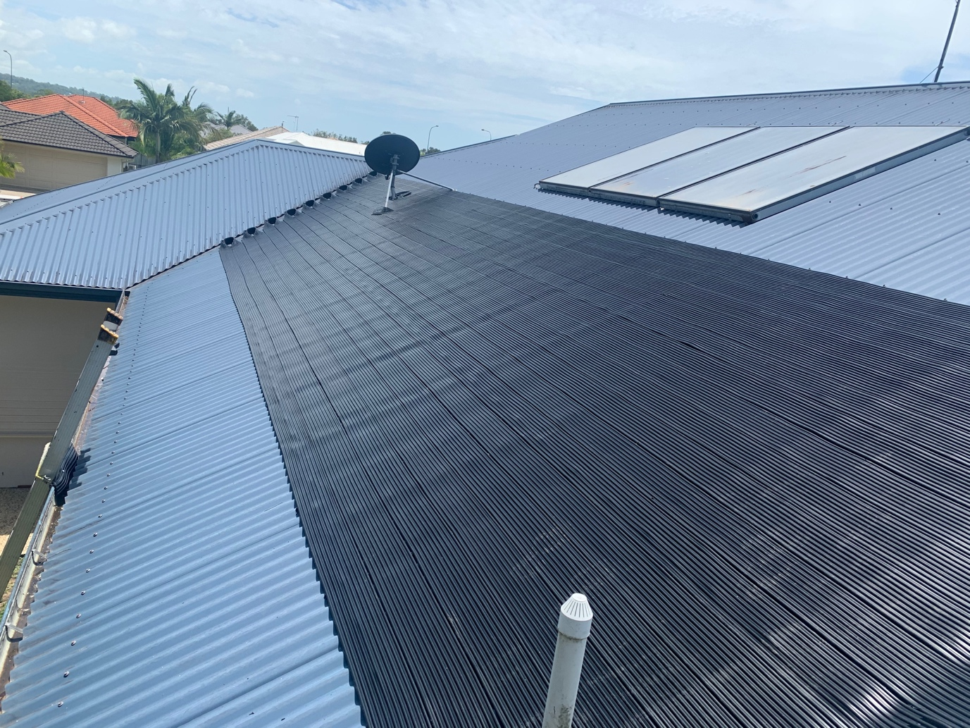 Solar pool heating on roof